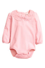 Bodysuit with a lace collar - Light pink - Kids | H&M CN 1